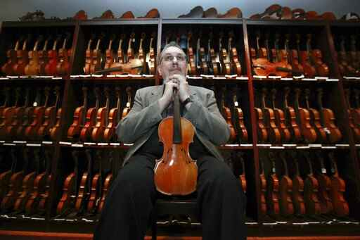 David Bromberg fears huge violin collection must be split up