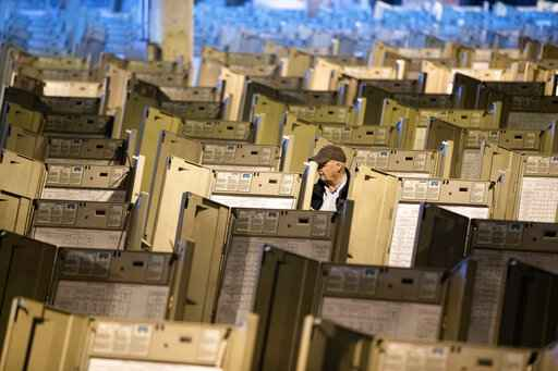 GOP pushes back on cash governor seeks for voting machines