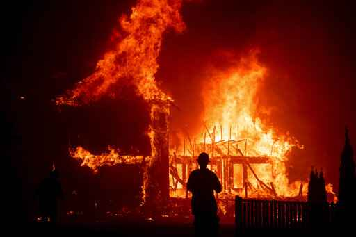 Fire officials determine PG&E equipment sparked deadly fire