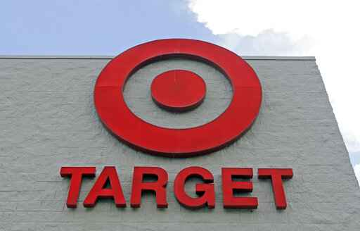 Target ups hiring by 4% to more than 130,000 for holidays