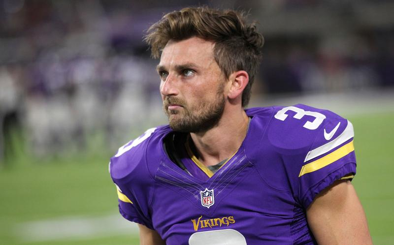 Vikings kicking around options for replacing Walsh