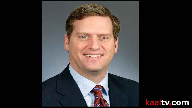 2 Lawmakers Sue Minn. House, Speaker Daudt Over Pay