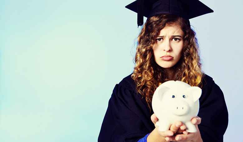 New Student Loan Debt Survey: Loan Balances Increase, Credit Scores Drop