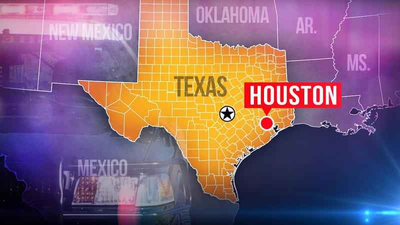 Unruly Man with Guns Arrested at Houston Hotel