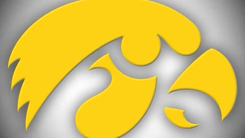 No. 14 OSU alone atop Big Ten after handling Iowa