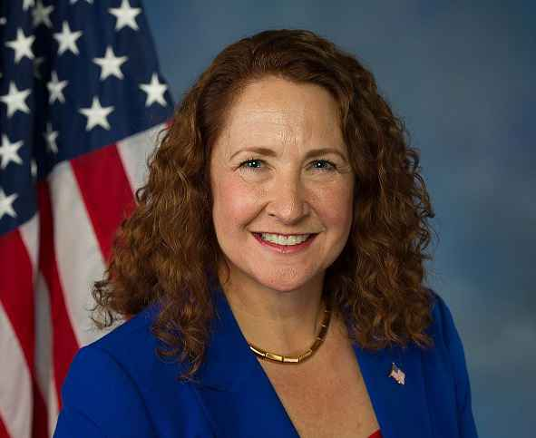 Connecticut Rep. Elizabeth Esty announces she won't seek re-election