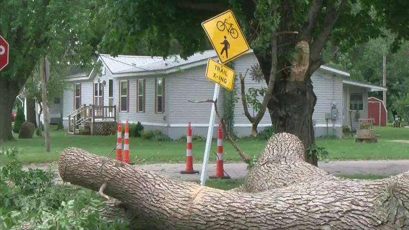 Officials: Electricity Restored To Most of Rockford, Some Iowa, Minnesota Roads Remain Closed