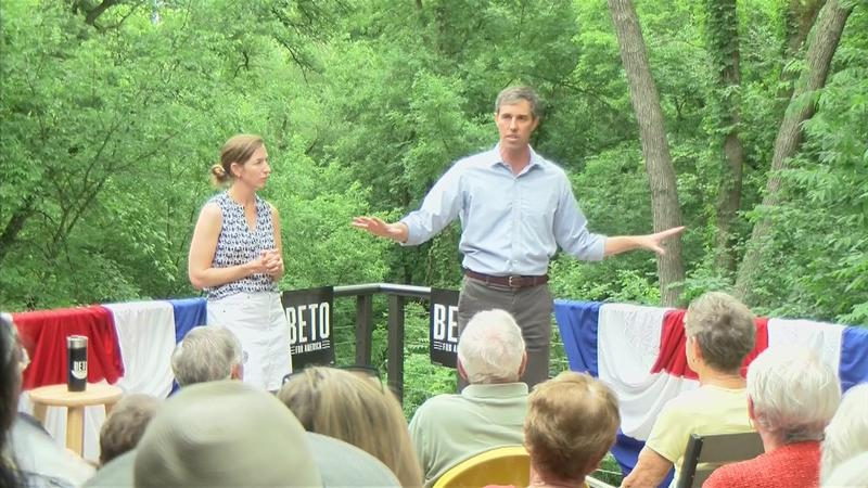 Beto O'Rourke Makes Campaign Stop in North Iowa with Family