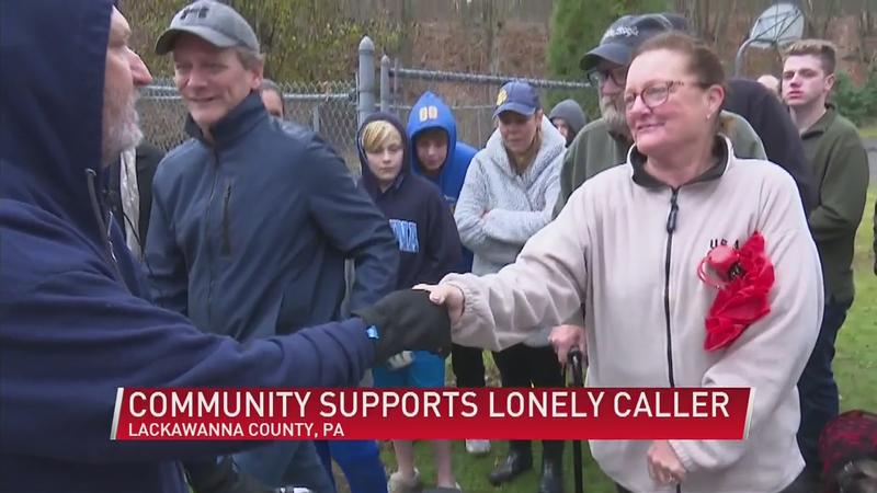 Veteran calls into radio show hoping to not be alone for the holidays