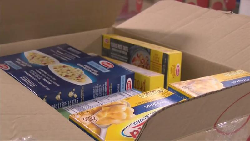 Helping those in need with emergency food boxes