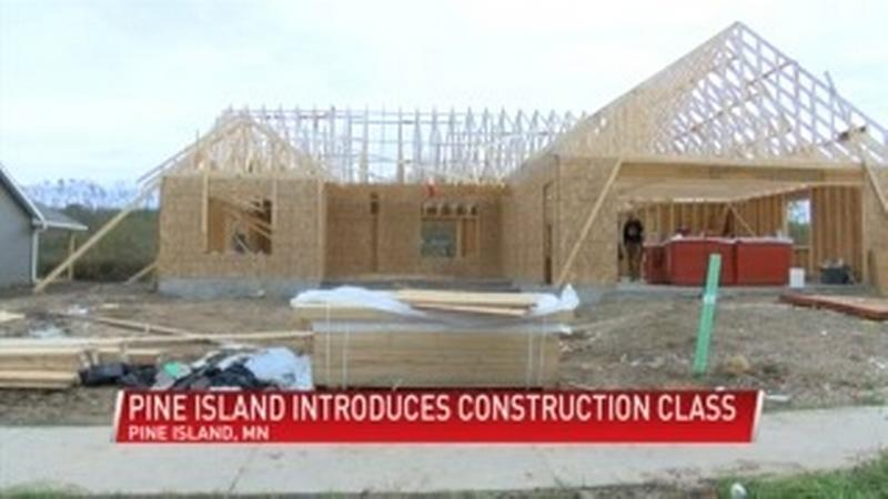 Pine Island students constructing a new house thanks to new class
