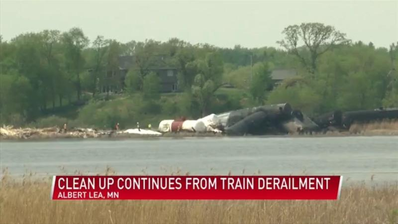 Crews continue to clean-up after train derailment in Albert Lea on Saturday
