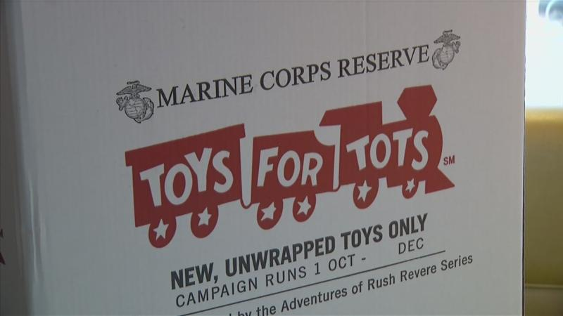 Marines prepare for Toys for Tots donations