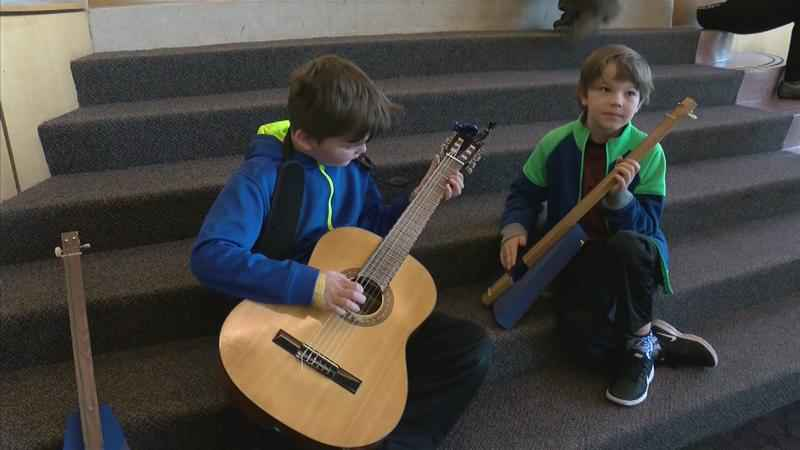 Foundation Gives Children Battling Cancer the Gift of Music
