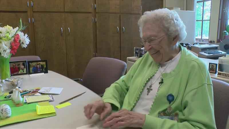96-Year-Old Employee Celebrates 61 Years at Mayo Clinic