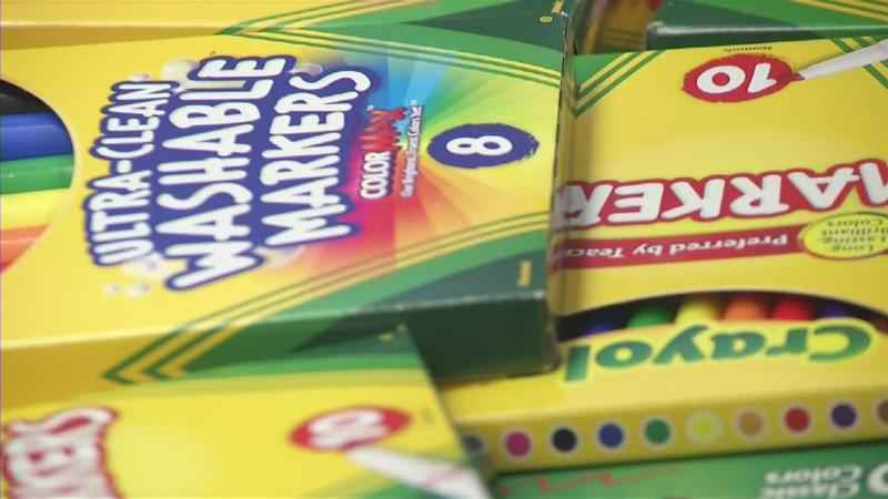 Metro PCS in Rochester to Hand Out Free School Supplies