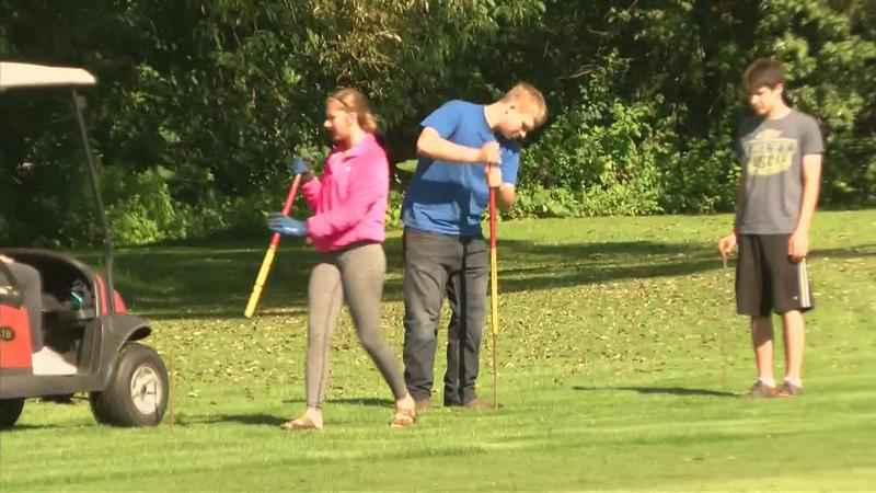 Teens Volunteer for Tee it Up for the Troops