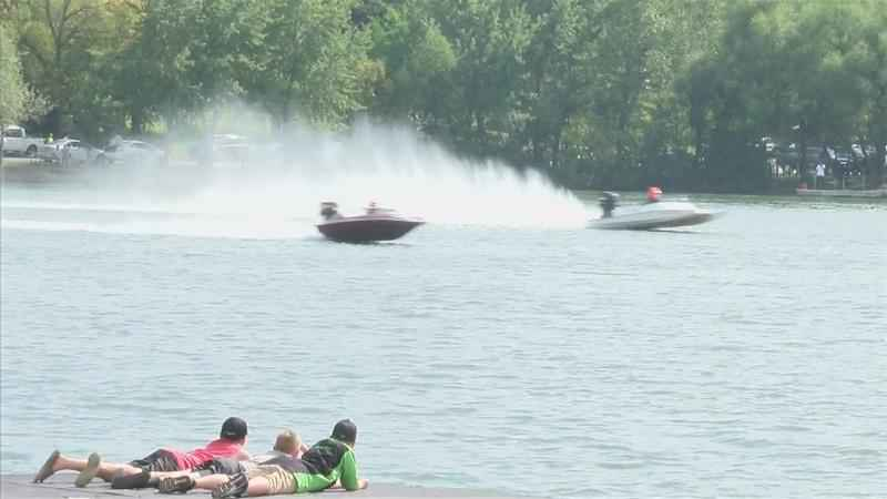Power Boats Make Waves in Albert Lea's Fountain Lake