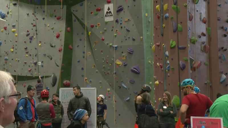 USA Ice Climbing brings Drytooling Competition to Rochester