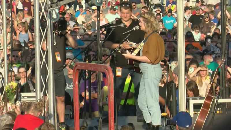 Maddie Poppe Makes Grand Homecoming as American Idol Finalist