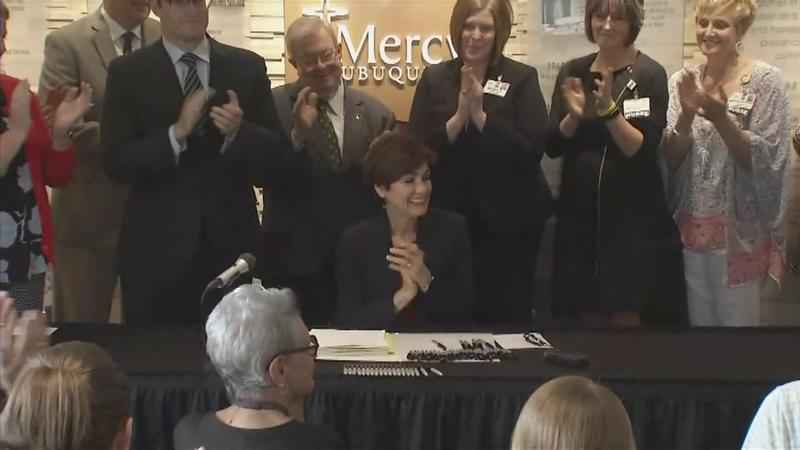 Reynolds Signs Bill Intended to Curb Opioid Overdose Deaths