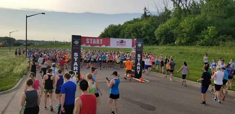 Despite Heat, Runners Hit Streets For Med City Half Marathon