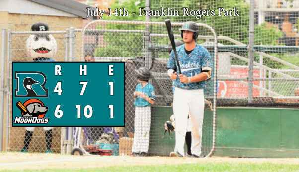 MoonDogs Rally Late, Defeat Honkers