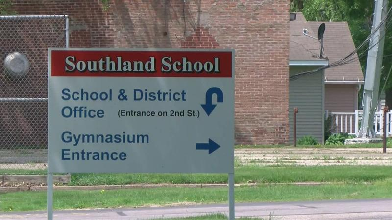 Southland School Board Favors Renovation Over New Construction