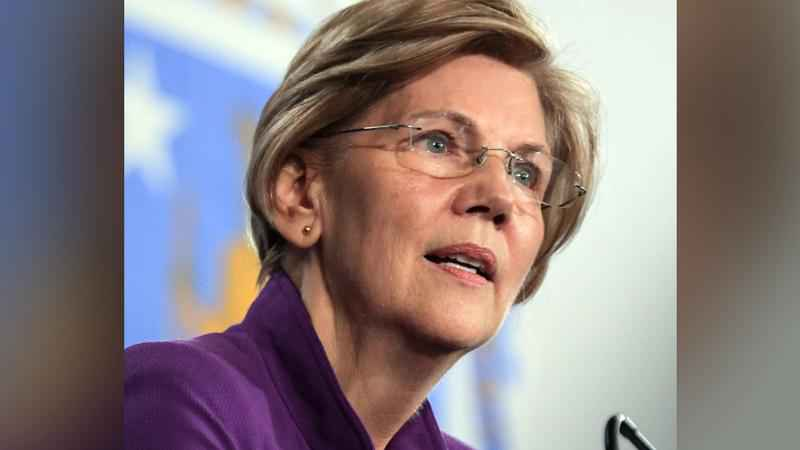 Facing challenges, Warren campaigns as 2020's underdog