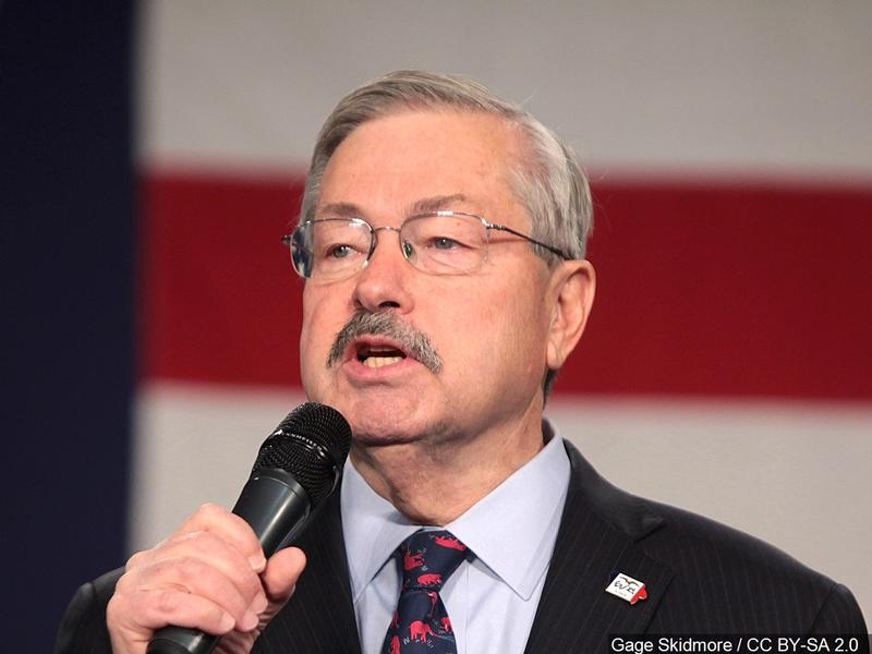 Iowa Trial Begins Over Alleged Discrimination by Ex-Governor