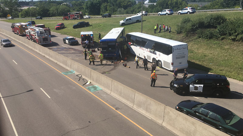 2 tour buses crash near Minnesota State Fair, 8 injured