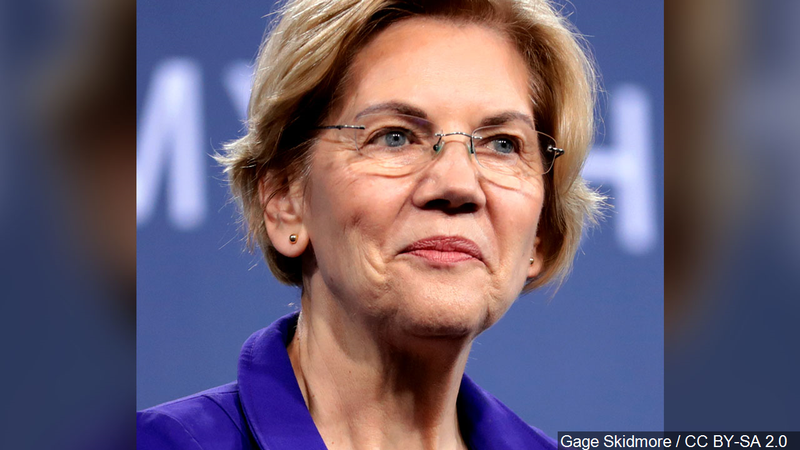 Democratic candidates pour into Iowa for last-minute push; Des Moines Register endorses Warren
