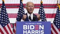 Photo: AP/ Carolyn Kaster. Democratic presidential candidate former Vice President Joe Biden speaks at campaign event at Mill 19 in Pittsburgh, Pa., Monday, Aug. 31, 2020.